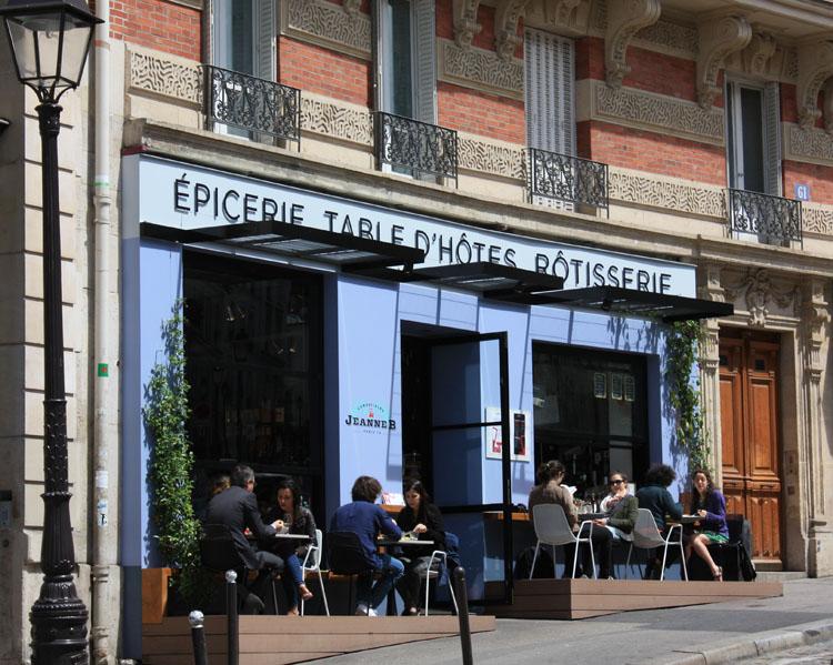 Nouveau lieu gourmand sur les hauteurs montmartroises, le Jeanne B est la petite sœur du Jeanne A ; première adresse ouverte dans la capitale rue Jean Pierre Timbaud dans le 11ème .arrondissement.