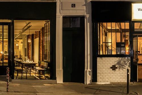 Ouvert il y a presque 20 ans dans le 11ème arrondissement, le Wally Fay est vite devenu un lieu de mixité sociale. Un endroit d'échange autour d'une cuisine au caractère métissé.