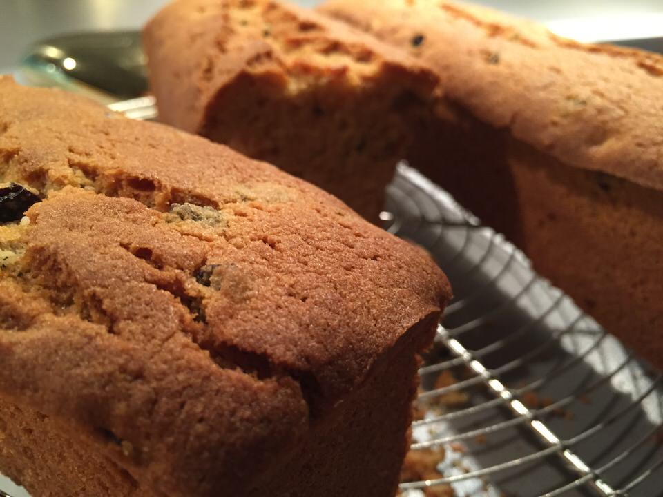 Un cake dingue de légèreté, aérien en bouche, il est délicat en texture... Vous allez le dévorer d'un coup !!