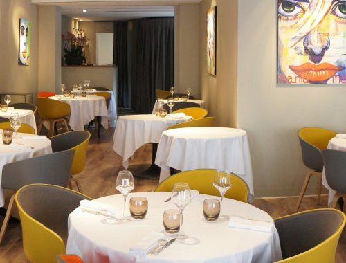 Elève de Pierre Ducroux au Fouquet's et de Michel Guérard à Eugénie les Bains, Jacques Faussat cuisinera 10 ans au Trou Gascon pour Alain Dutournier avant d'ouvrir sa propre adresse en 2002.