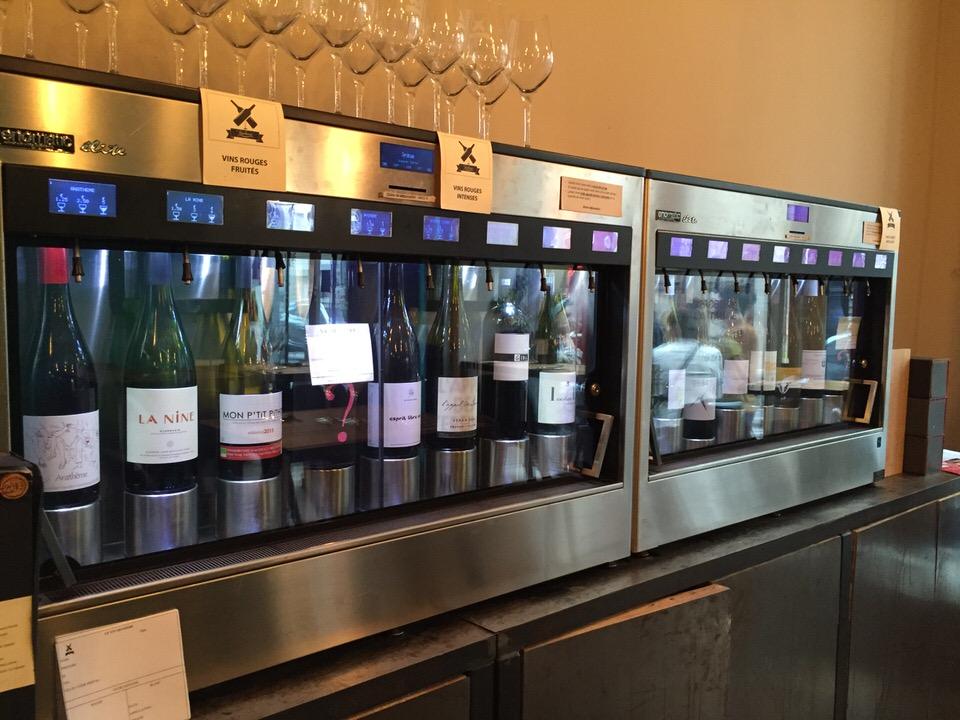 La machine de distribution des vins au verre