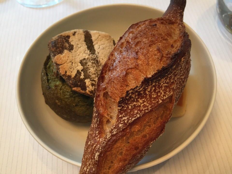 Trois pains sont proposés, tous délicieux