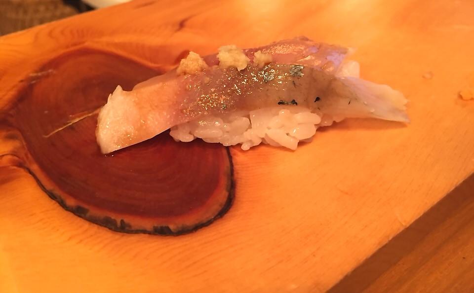 L'excellent nigiri Sushi de maquereau ©mtanguy