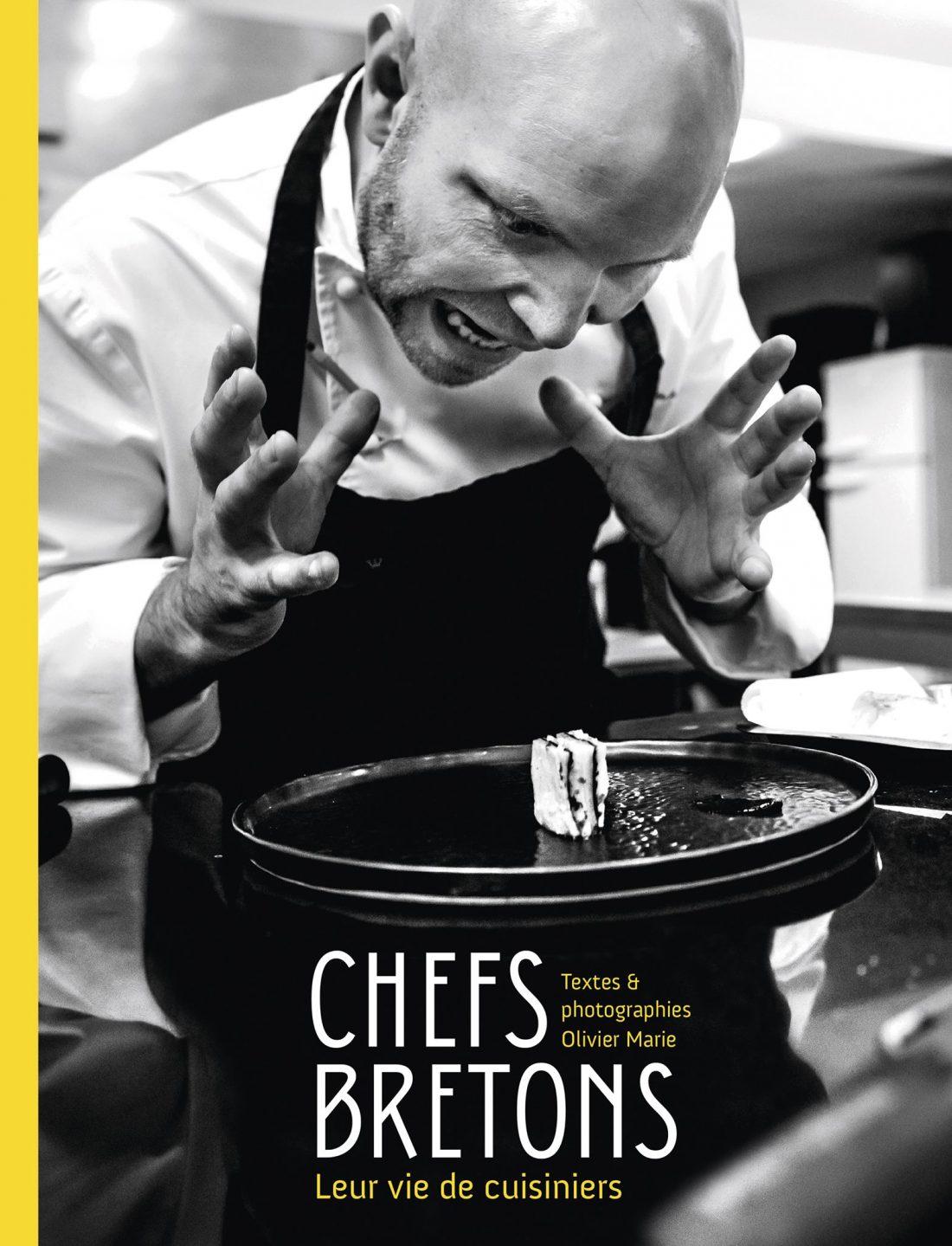 Initié au milieu de la gastronomie par sa collaboration au magazine « L'HÔTELLERIE » à la fin des années 1990, Olivier Marie a tissé au fil des années, des liens durables et sincères avec les acteurs de la cuisine bretonne.