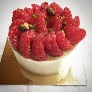 Javoue que cette tarte framboise pistache me plait beaucoup !!hellip