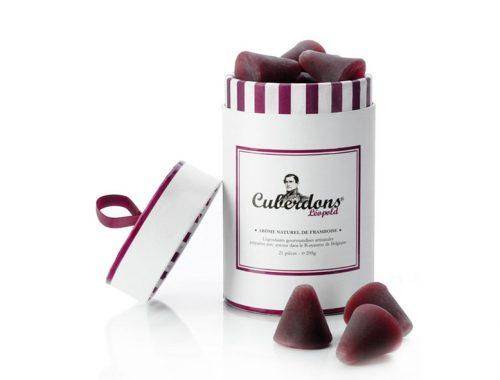 Le Cuberdons est une confiserie méconnue dans notre pays. Et pour cause, seuls une poignée d'artisans belges fabriquent encore ce bonbon au délicat goût de framboise.