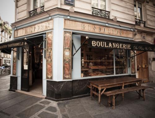 Du Pain et des Idées, la boulangerie de la rue Yves Toudic, repère des amateurs de bon pain, se met à l'heure du petit déjeuner à l'occasion de cette rentrée.