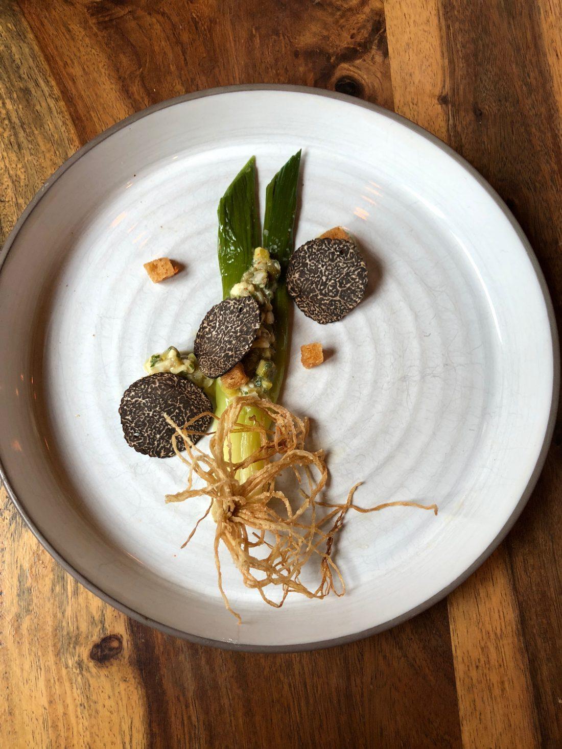 Poireau, gribiche et truffe ©mtanguy