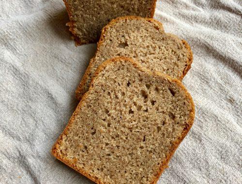 Envie d'un cake moelleux, aux marrons et à la farine de sarrasin, ce cake est fait pour vous !! Facile à réaliser, il régalera toute la famille avec ces saveurs automnales...