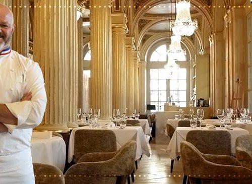 Philippe Etchebest fait son retour aux fourneaux et signe à Bordeaux, la carte de «Quatrième Mur», la très chic brasserie de l'opéra.