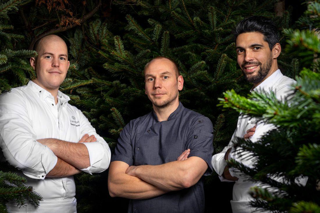l'hôtel le Burgundy Paris termine sa saison en invitant le chef du restaurant ULTIMA à Helsinki. L'occasion de s'immerger le temps d'un dîner dans la culture gastronomique finlandaise